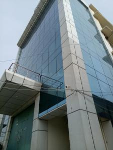 Gallery Cover Image of 450 Sq.ft 1 RK Independent Floor for rent in Sector 51 for 15000