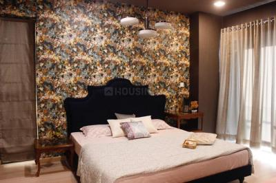 Gallery Cover Image of 1093 Sq.ft 2 BHK Apartment for buy in Chembur for 19100000
