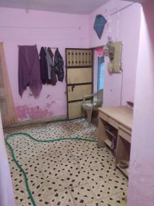 Gallery Cover Image of 369 Sq.ft 2 BHK Independent Floor for buy in Maninagar for 1800000