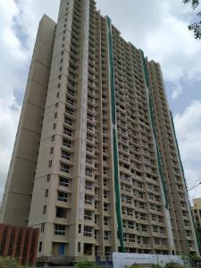 Gallery Cover Image of 882 Sq.ft 3 BHK Apartment for buy in Kandivali East for 20300000