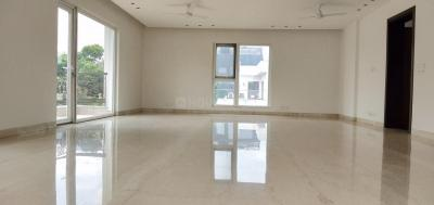 Gallery Cover Image of 4000 Sq.ft 4 BHK Independent Floor for buy in Shanti Niketan for 154000000
