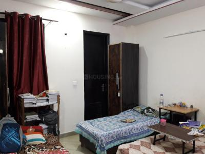 Bedroom Image of Delhi Royal PG in Mukherjee Nagar