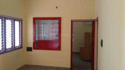 Gallery Cover Image of 650 Sq.ft 2 BHK Villa for rent in Rajajinagar for 15000
