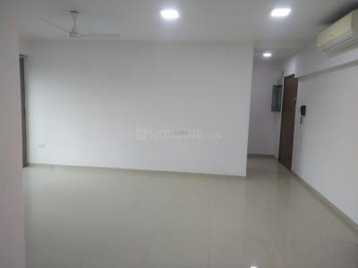 Gallery Cover Image of 2754 Sq.ft 5 BHK Apartment for rent in Jogeshwari East for 150000
