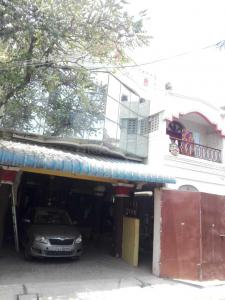 Gallery Cover Image of 4500 Sq.ft 3 BHK Independent House for buy in Ambattur for 15000000