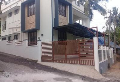 Gallery Cover Image of 1800 Sq.ft 3 BHK Independent House for buy in Paruthippara for 9000000