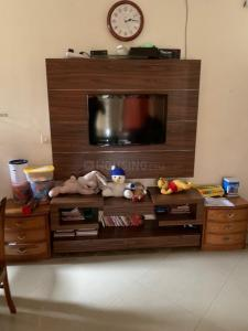 Gallery Cover Image of 1050 Sq.ft 3 BHK Apartment for rent in Raheja Acropolis, Govandi for 65000