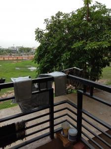 Gallery Cover Image of 1125 Sq.ft 2 BHK Apartment for buy in Shyam Villa, Nava Naroda for 3200000
