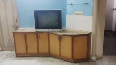 Gallery Cover Image of 1620 Sq.ft 3 BHK Apartment for rent in Thaltej for 20000