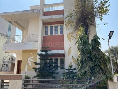 Gallery Cover Image of 4050 Sq.ft 4 BHK Villa for rent in Science City for 40000