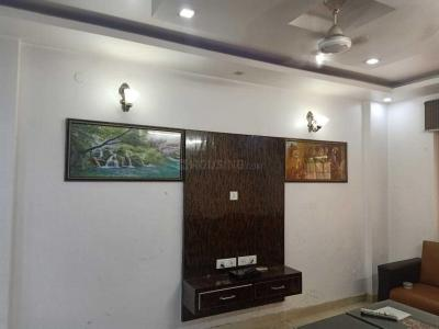 Gallery Cover Image of 1800 Sq.ft 3 BHK Apartment for rent in Sector 23 Dwarka for 35000