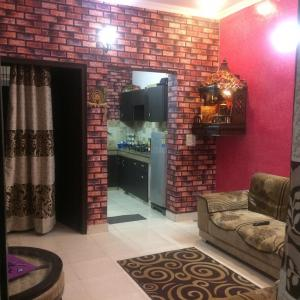 Gallery Cover Image of 1500 Sq.ft 3 BHK Independent Floor for buy in Sector 49 for 3955000
