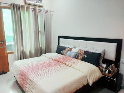 Gallery Cover Image of 980 Sq.ft 1 BHK Independent Floor for rent in HUDA Plot Sector 42, Sector 42 for 25100