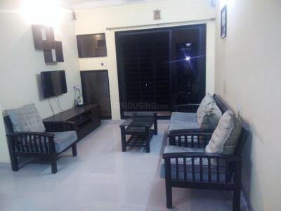 Gallery Cover Image of 950 Sq.ft 2 BHK Apartment for rent in Ashish Swapnalok Towers , Malad East for 42000