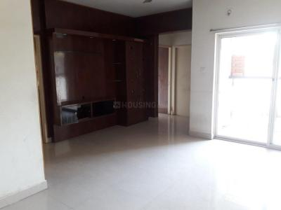 Gallery Cover Image of 1350 Sq.ft 3 BHK Apartment for rent in  Lake Side 2, Puzhal for 15000