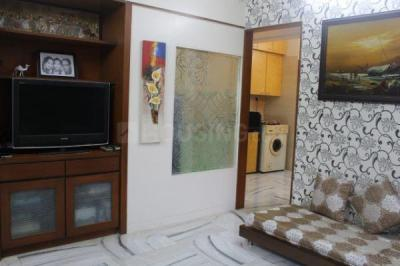 Gallery Cover Image of 500 Sq.ft 1 BHK Apartment for buy in Matunga West for 16500000