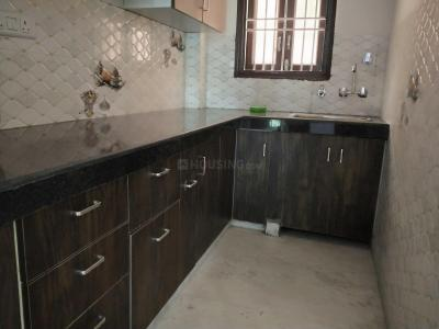 Gallery Cover Image of 800 Sq.ft 2 BHK Apartment for rent in Janakpuri for 16000