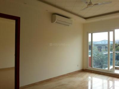 Gallery Cover Image of 1800 Sq.ft 3 BHK Apartment for buy in Sector 53 for 27000000