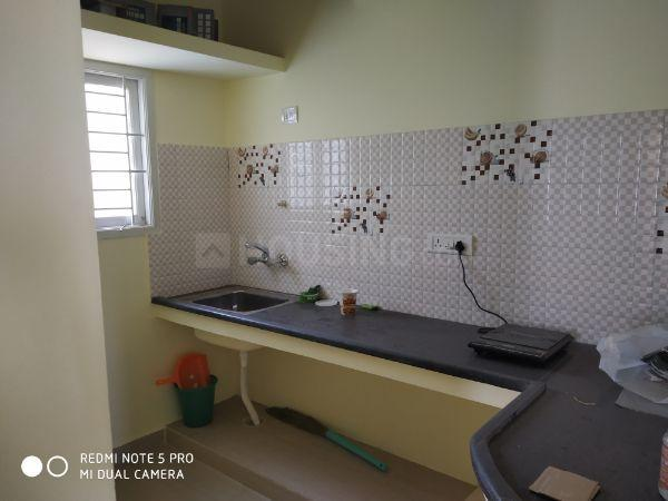 Kitchen Image of 950 Sq.ft 2 BHK Apartment for rent in Madhavaram for 25000