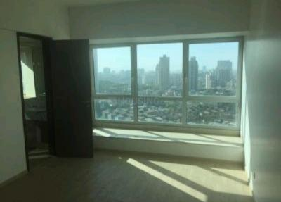 Gallery Cover Image of 1600 Sq.ft 3 BHK Apartment for rent in DB Woods, Goregaon East for 70000