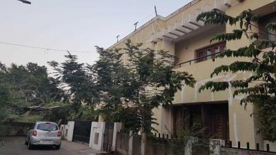 Gallery Cover Image of 5000 Sq.ft 6 BHK Villa for rent in Ambattur for 125000