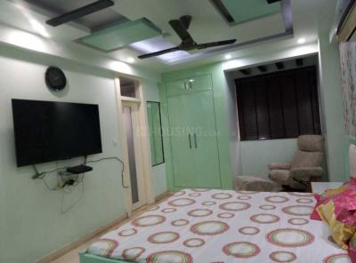 Gallery Cover Image of 1800 Sq.ft 3 BHK Apartment for rent in Sector 6 Dwarka for 40000