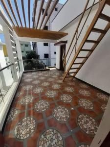 Gallery Cover Image of 2600 Sq.ft 5 BHK Independent House for buy in Vidyaranyapura for 16500000