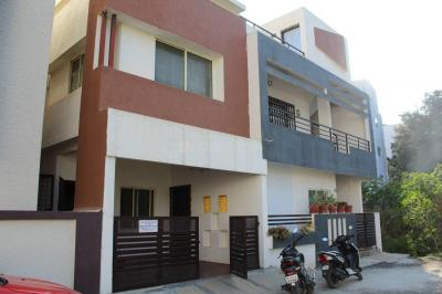 Gallery Cover Image of 2800 Sq.ft 4 BHK Villa for rent in Hennur Main Road for 50000