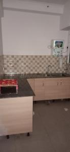 Gallery Cover Image of 1175 Sq.ft 2 BHK Apartment for rent in Noida Extension for 10000