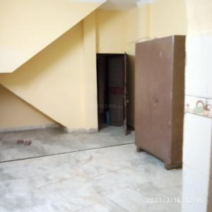 Gallery Cover Image of 250 Sq.ft 1 RK Independent Floor for rent in Kirti Nagar for 7000