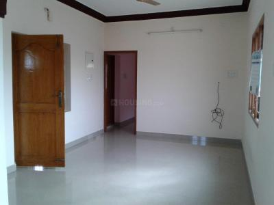 Gallery Cover Image of 1100 Sq.ft 2 BHK Independent Floor for rent in Chromepet for 9000