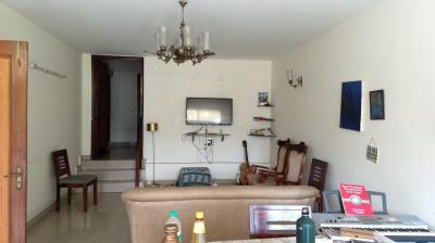 Gallery Cover Image of 2000 Sq.ft 3 BHK Independent House for rent in Greater Kailash for 46000