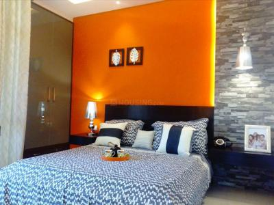 Gallery Cover Image of 1150 Sq.ft 2 BHK Apartment for buy in Golf City for 4500000