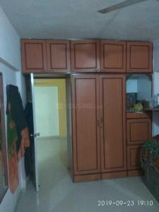 Gallery Cover Image of 780 Sq.ft 2 BHK Apartment for rent in Kandivali East for 23000