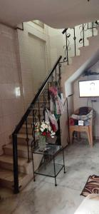 Gallery Cover Image of 300 Sq.ft 1 RK Independent House for rent in Andheri West for 16000