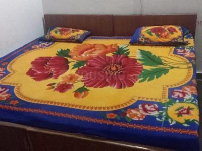 Bedroom Image of Mom's Care PG in Nava Vadaj