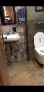 Bathroom Image of PG 6721553 Dwarka Mor in Dwarka Mor
