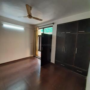 Gallery Cover Image of 1200 Sq.ft 2 BHK Apartment for rent in DDA Shanti Flats Sector 9 Pocket 2, Sector 9 Dwarka for 24500