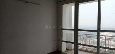 Gallery Cover Image of 1465 Sq.ft 3 BHK Apartment for rent in Omega II Greater Noida for 11000