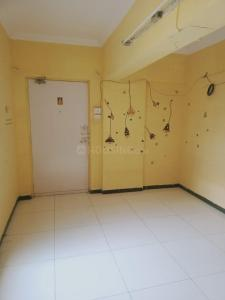 Gallery Cover Image of 425 Sq.ft 1 BHK Apartment for rent in Goregaon East for 13000