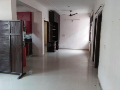 Gallery Cover Image of 1800 Sq.ft 3 BHK Apartment for rent in Dhakoli for 13000