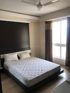 Gallery Cover Image of 1749 Sq.ft 3 BHK Apartment for rent in Semmancheri for 100000