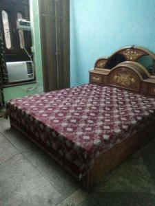 Gallery Cover Image of 250 Sq.ft 1 RK Apartment for rent in Sector 37 for 7500