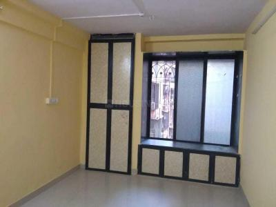 Gallery Cover Image of 305 Sq.ft 1 RK Apartment for rent in Sadguru Krupa, Kandivali West for 11500