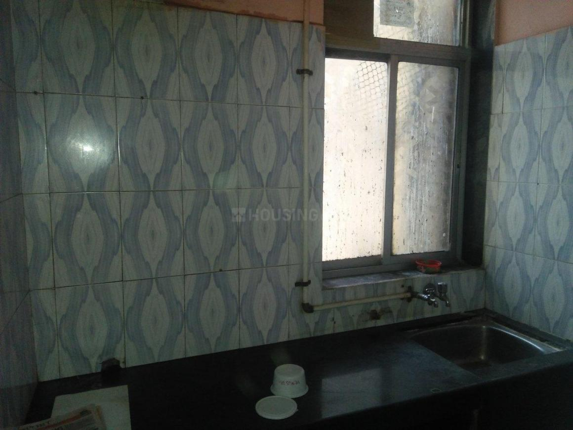 Kitchen Image of 500 Sq.ft 1 BHK Apartment for rent in Juinagar for 11000