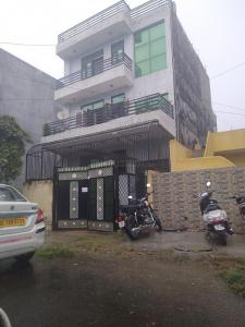 Gallery Cover Image of 1250 Sq.ft 2 BHK Independent House for buy in Sector 70 for 12500000