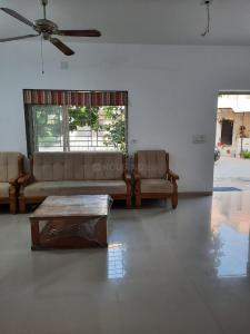 Gallery Cover Image of 2000 Sq.ft 3 BHK Independent House for rent in Bhayli for 20000
