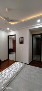 Gallery Cover Image of 1485 Sq.ft 3 BHK Independent Floor for buy in Sector 20 for 4190000