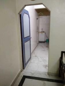 Gallery Cover Image of 750 Sq.ft 1 BHK Apartment for rent in Lower Parel for 45000