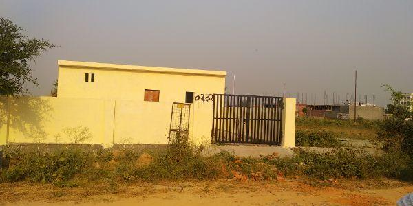 Building Image of 1291 Sq.ft 1 BHK Independent House for buy in Gamma I Greater Noida for 6800000